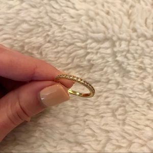 Jewelry - Minimal band with crystals